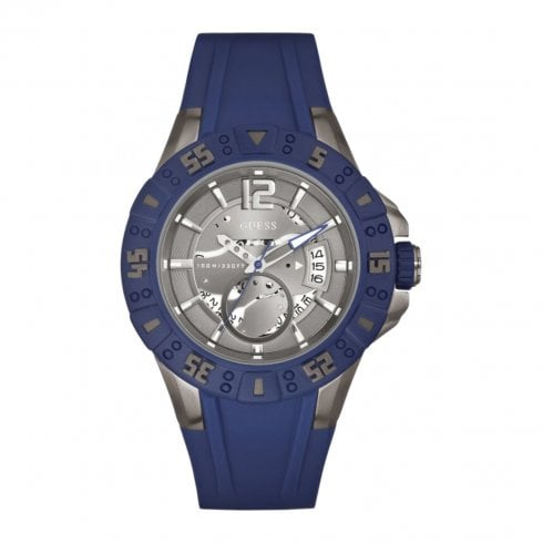 Guess Magnum grey dial rubber strap Mens watch W0034G6